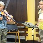 Musikant 05 Geige Dirigentin